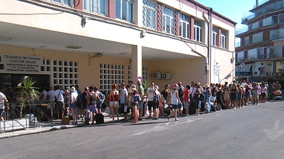 tourkoi-touristes-21