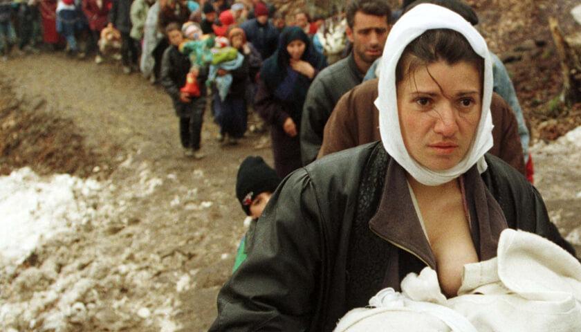 «Μάνα εγώ» – Το συγκλονιστικό ποίημα της Μαρία Παπαλά για τον πόλεμο στη Συρία